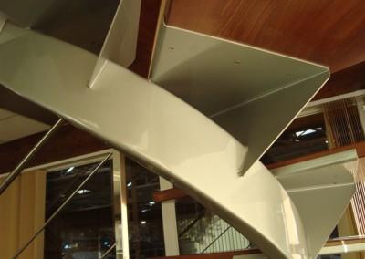 Escalera Zanca Central.3
