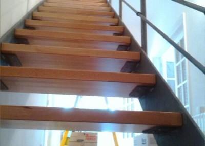 Escalera zancas laterales.1