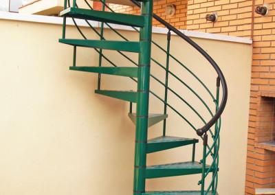 Escaleras caracol metalicas M7 barandilla H4.