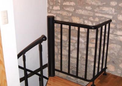 Spiraal trappen met houten treden Model M8