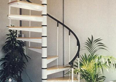 Escaleras caracol con madera Modelo M8 barandilla TC